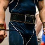 powerlifting vs weightlifting belt